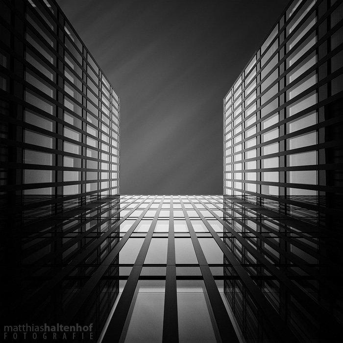 Bildkomposition - zulaufende Linien - Skai