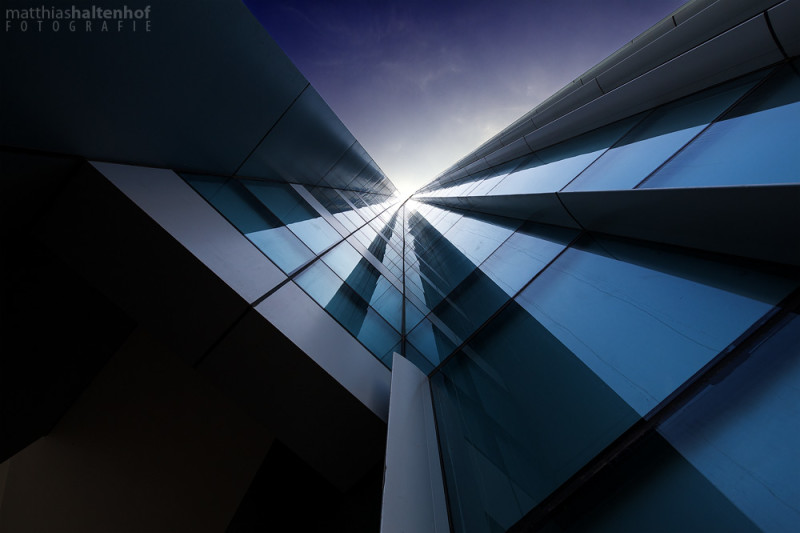 To the Sky, Dubai Media City