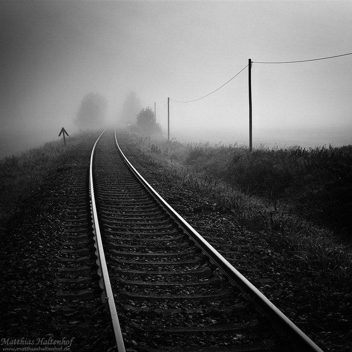 Nebel über einer alten Bahnstrecke bei Bad Schmiedeberg