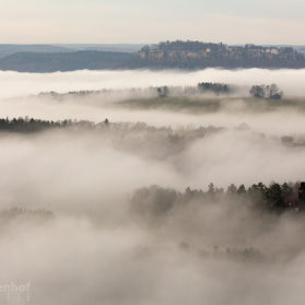 Festung Königsstein mit Nebel im Tal