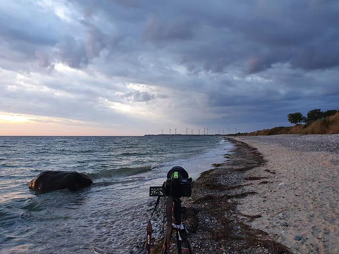 Regenwolken ziehen vom Festland herüber