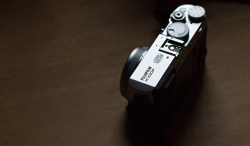Fujifilm X100F Test - Optisch ist die Kamera an Messsucherkameras angelehnt