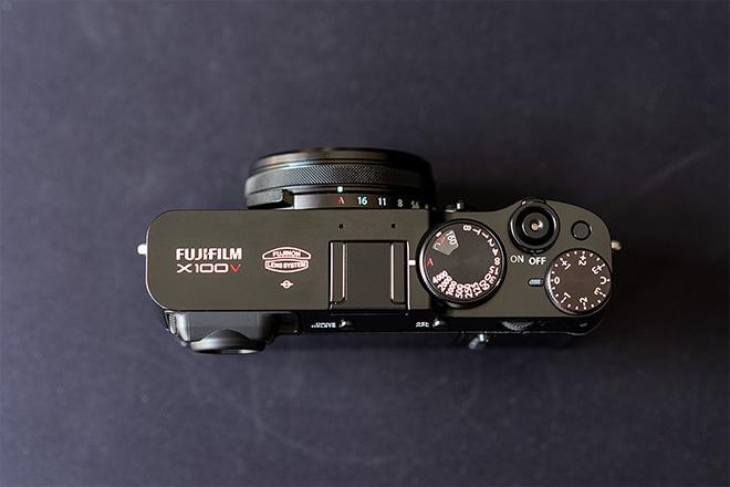 Fujifilm X100V Test: Oberseite
