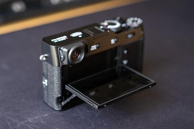 Fujifilm X100V Test: Neigbares Display
