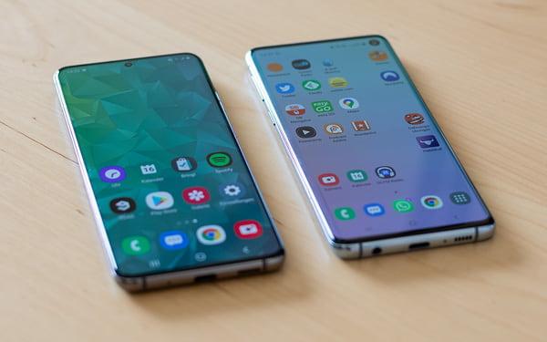 Samsung Galaxy S10 und Samsung Galaxy S20 im Vergleich - Vorderseite