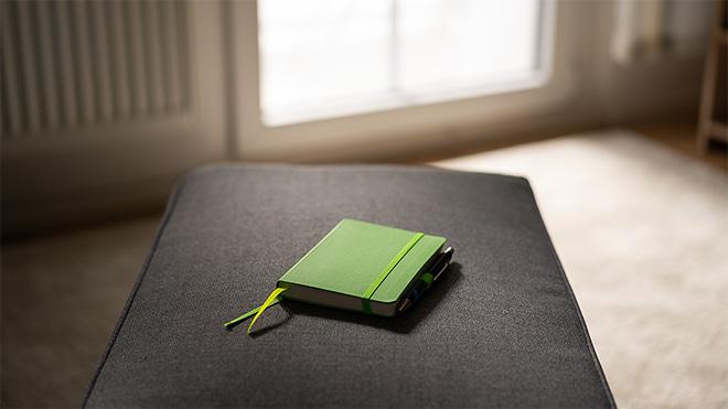 In einem Notizbuch lassen sich neben einem Zeitjournal auch die Gedanken und Ideen für die eigene Fotografie festhalten